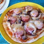 ジョンソンヴィルのベダーウィズチェダーでピザ☆コストコ食材・アレンジレシピ